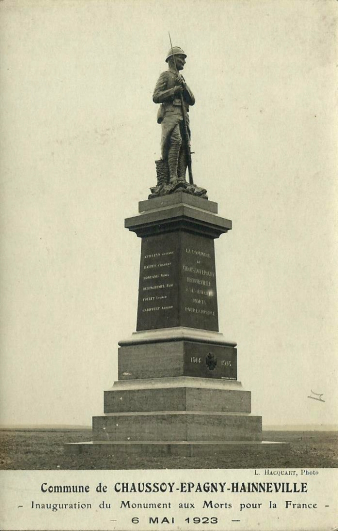 CPA Chaussoy-Epagny-Hainneville Monument aux Morts