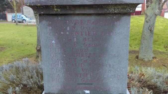 rouvrel monum cemetery (10)
