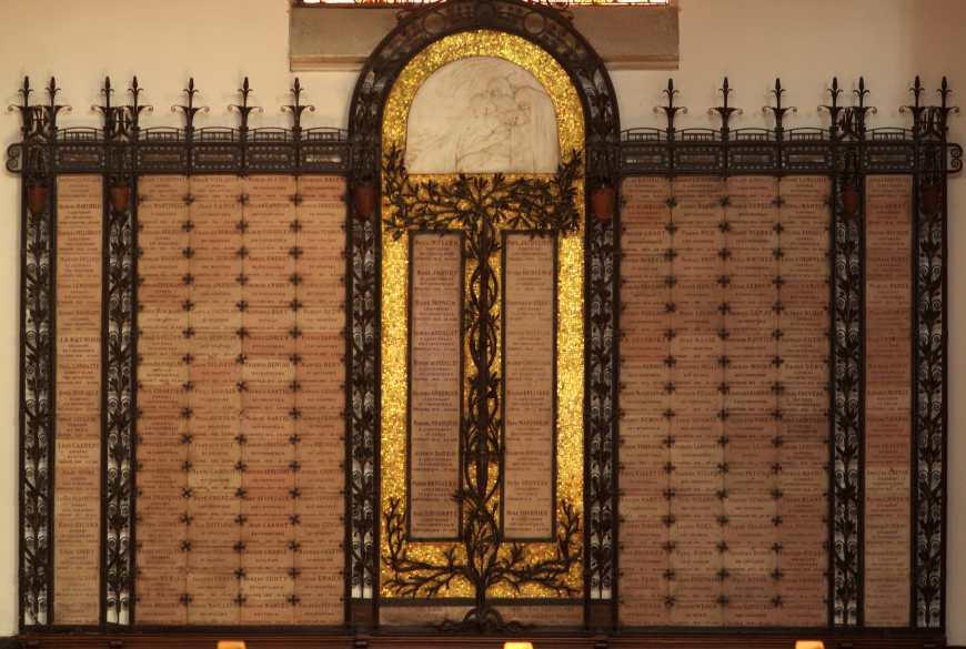 Enghien les Bains Plaque commemorative Eglise-min