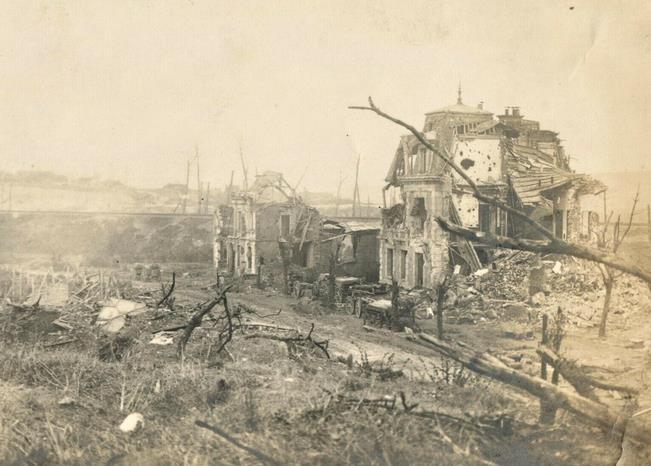 miraumont ruines